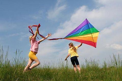 7 traditii distractive de aplicat de Ziua Copilului