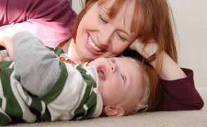 Beneficiile cantecelor pentru bebelusi. Trucuri si idei