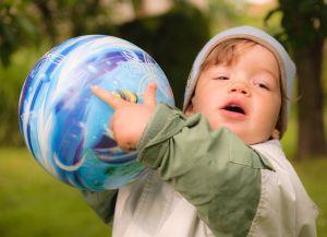 Cum invatam copiii sa imparta jucariile?