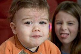 Copilul meu a fost lovit la gradinita. Ce e de facut?