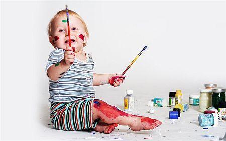 Cand invata copiii sa scrie si sa deseneze?