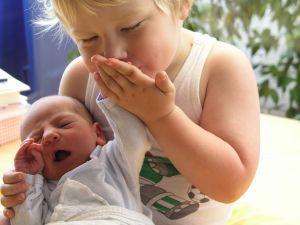 5 factori care influenteaza relatia dintre frati