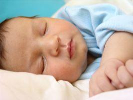 Ora de culcare a bebelusului si influenta ei asupra somnului