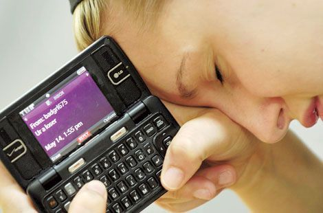 Invata copilul cum sa faca fata la hartuirea online