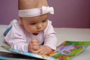 Lucruri care ii fascineaza pe bebelusi