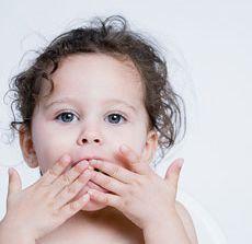 Top  6 bune maniere la copii. Cum ii ajuti sa le invete?