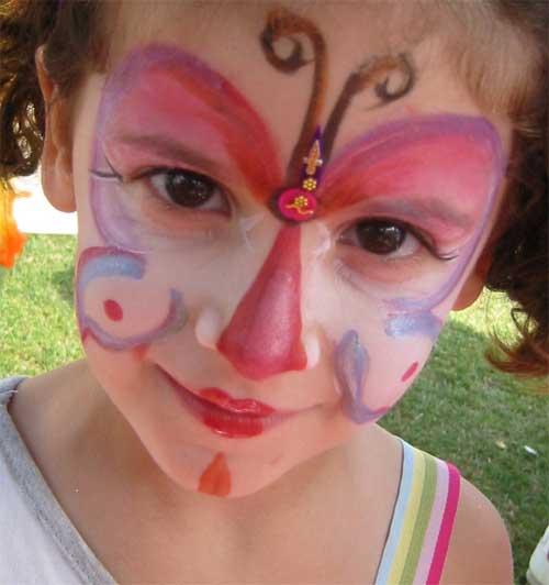5 modele de pictat copilul pe fata de Halloween