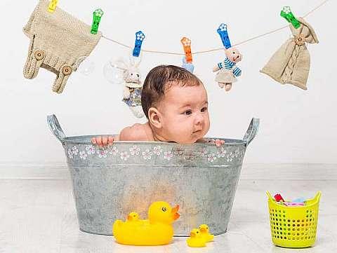 Baita bebelusului in siguranta: 5 sfaturi de care ai nevoie!
