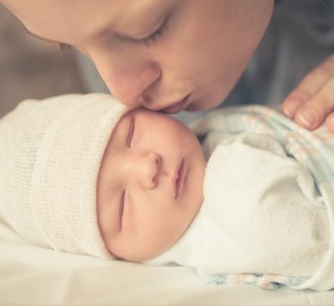 Primul minut din viata bebelusului, explicat secunda cu secunda