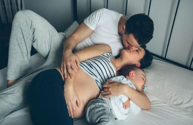 Cum fac sex parintii care dorm in acelasi pat cu copiii