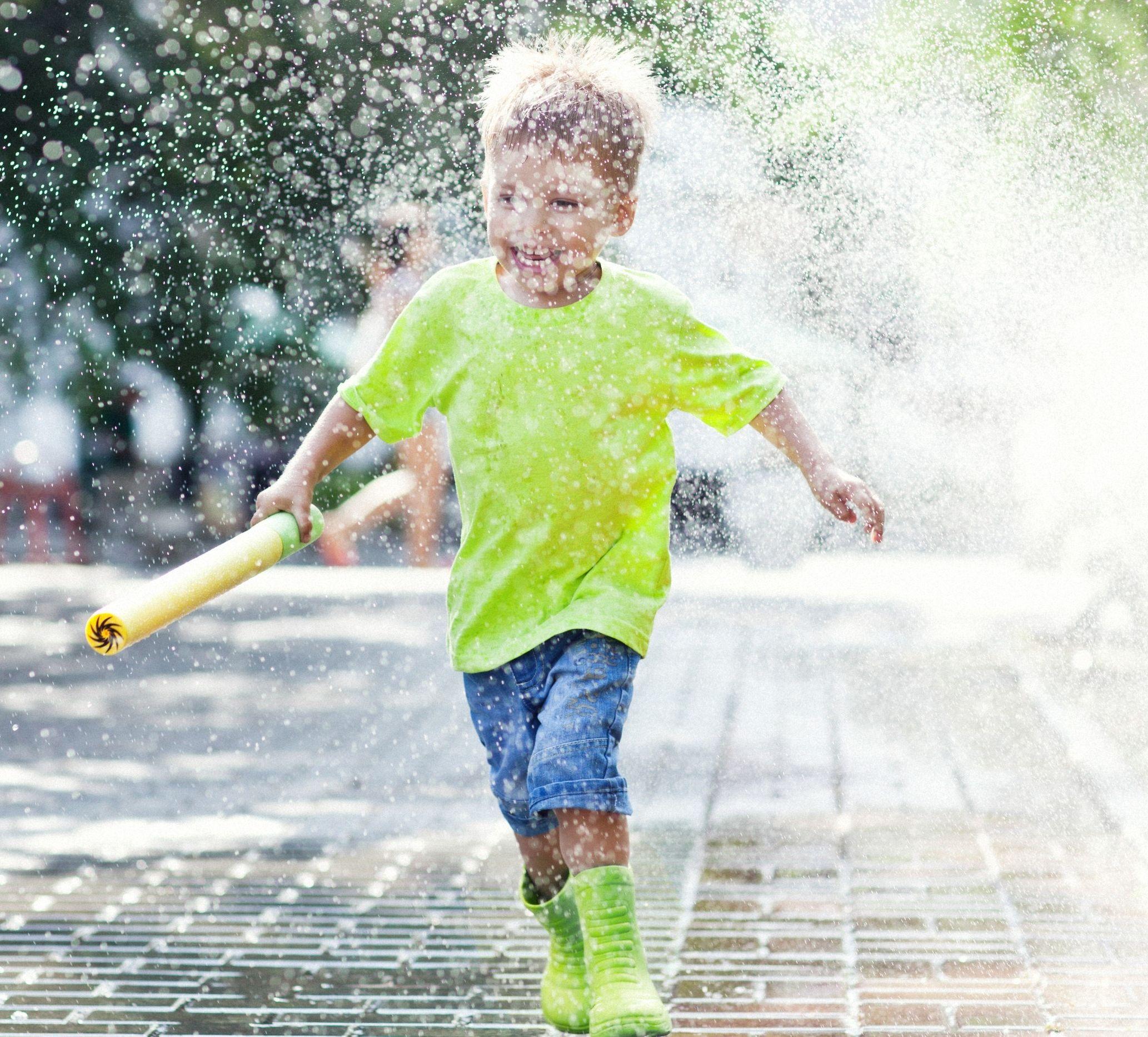 Cum sa te joci cu copilul tau in aer liber
