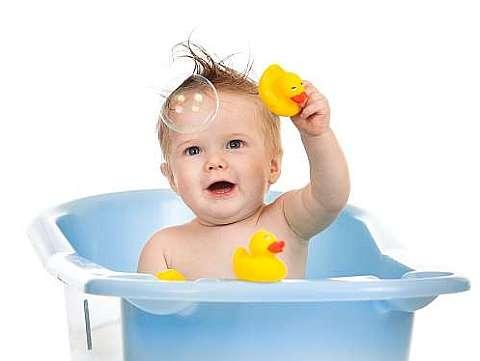 Ghid complet de accesorii pentru baita bebelusului