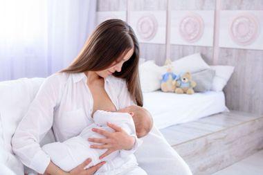 Alaptarea lupta impotriva obezitatii copiilor: in Romania, sub 20% dintre bebelusi sunt alaptati pana la 6 luni!