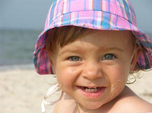 Mituri despre protectia solara la copii