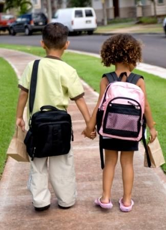 Cand este copilul pregatit sa mearga singur la scoala