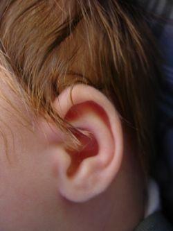 Testarea (screening-ul) auzului la nou-nascuti